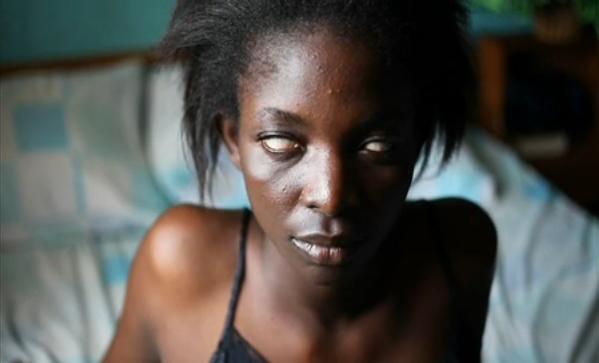 Zina Saro-Wiwa, 'Phyllis', 2012