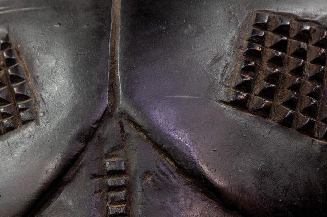 Artist unrecorded (attributed to Kitwa Biseke). c.1930. Mboko (bowl-bearing figure), Luba, Democratic Republic of Congo. Patinated wood. 31 x 53 x 30.4 cm. Wits Museum of Ethnology Collection (Wits Art Museum). (Image detail of artwork)