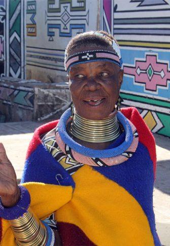 Portrait of Esther Mahlangu: Morrel Shilenge