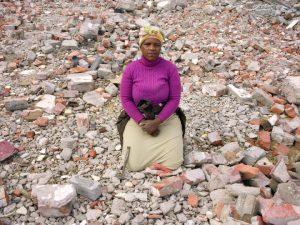 Zwelethu Mthethwa <i>Untitled (from the Brick Workers series)</i>, 2008. Chromogenic print
