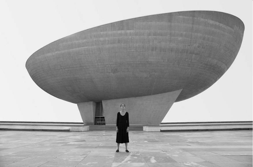 Entwined Narratives: Shirin Neshat's 'Dreamers'