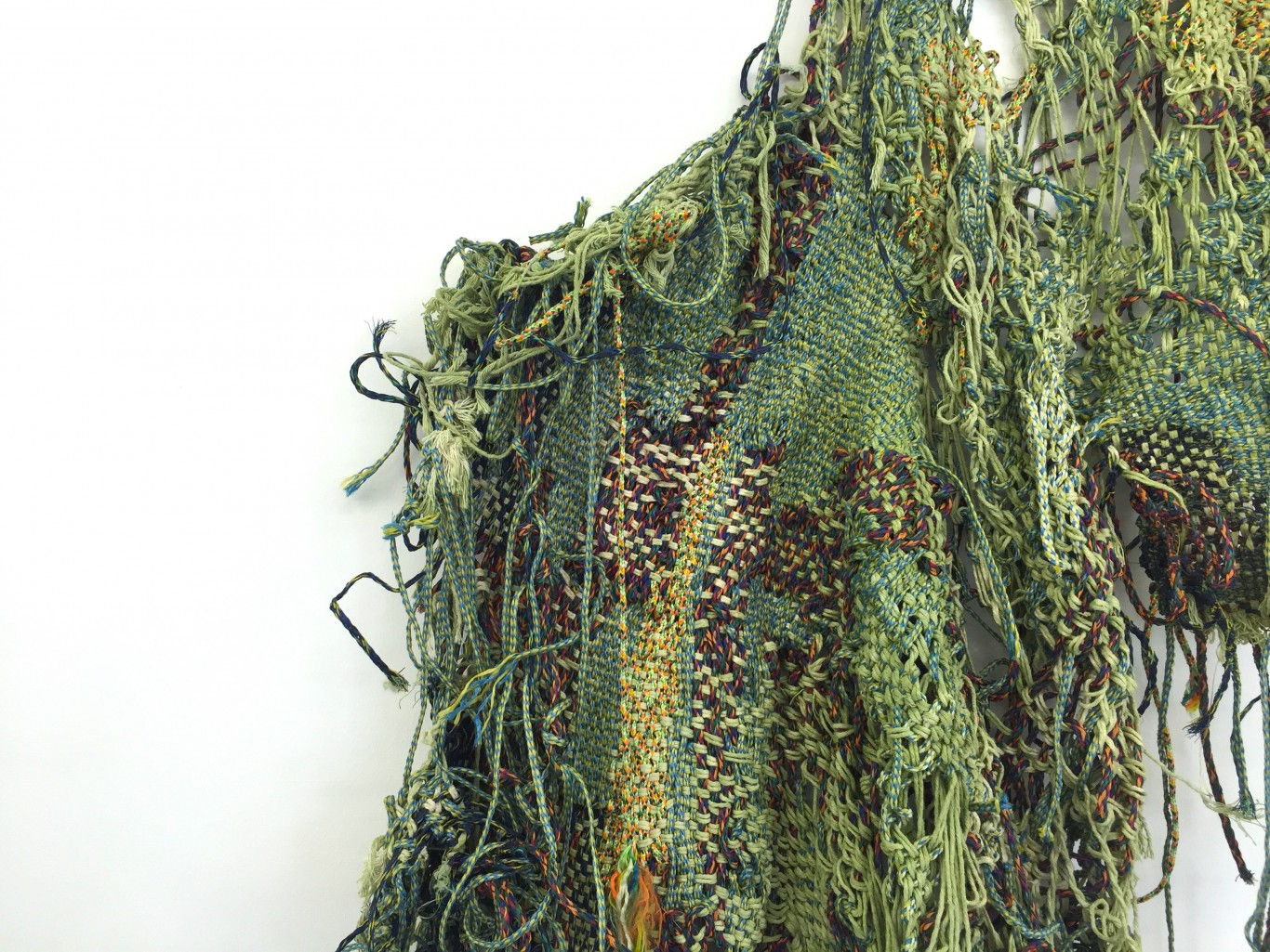 Igshaan Adams, Groen Amara, 2016. Woven nylon rope and string; approx. 262 x 112 x 26 cm