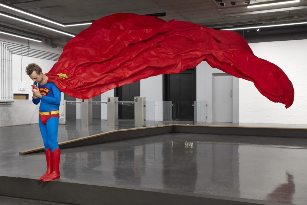 Super Spectacle: Ed Young's 'HERO'